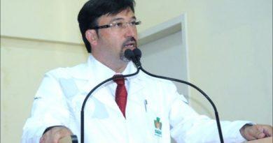 Mário Gontijo pede exoneração da prefeitura de Eunápolis