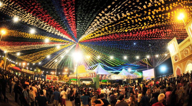 Resultado de imagem para Governo do Estado apoia 140 municípios para os festejos juninos