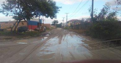 Moradores reclamam do descaso em bairro de Cabrália