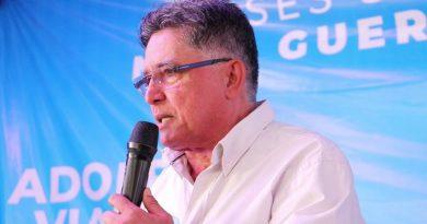 Jânio quer liberar eventos no Réveillon em Porto Seguro