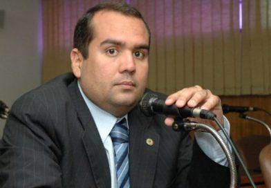 Deputado do DEM defende atuação de ACM Neto no interior