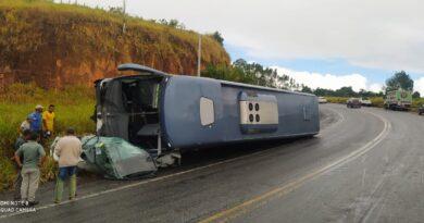 Acidente na BR 101 com ônibus da Brasileiro deixa um morto